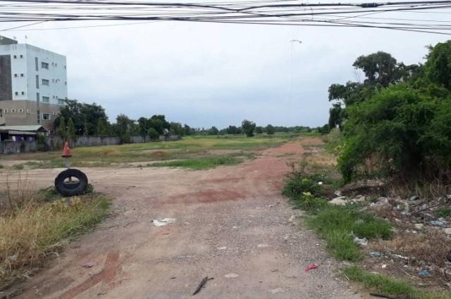 ที่ดินติดถนนสุวินทวงศ์ เขตหนองจอก กรุงเทพฯ