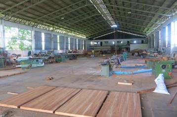 โรงงาน/โกดัง พร้อมผลิต ไม้ พลาสติก อาหาร หรือ เครื่องดื่ม