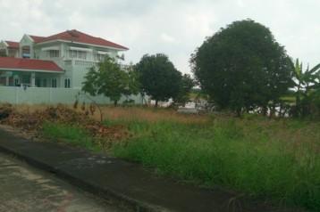 ขายที่ดินลอง 11 ใกล้วัดสระบัว หมู่บ้านเทพธารินทร์  ราคาถูก เนื้อที่ 66 ตรว. ติดต่อ นัท 081 2665577