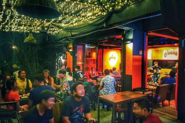 เซ้งด่วน!! ร้านเหล้าและอาหาร แนวนั่งชิว @ลาดพร้าว 122 แยก 26 ซอย มหาดไทย