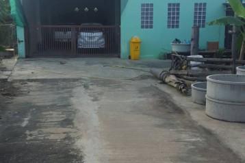ขายโกดัง ออฟฟิศ บ้าน 2 หลัง ถนนเลียบคลองบางพรม ซอยเพ็ญพิจารณ์ 357 ตารางวา เหมาะสำหรับทำที่พักอาศัย และที่เก็บสินค้า