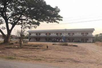 ขายที่ดิน พร้อมอพาร์ตเมนท์ 22 ห้อง ชัยบาดาล ลพบุรี