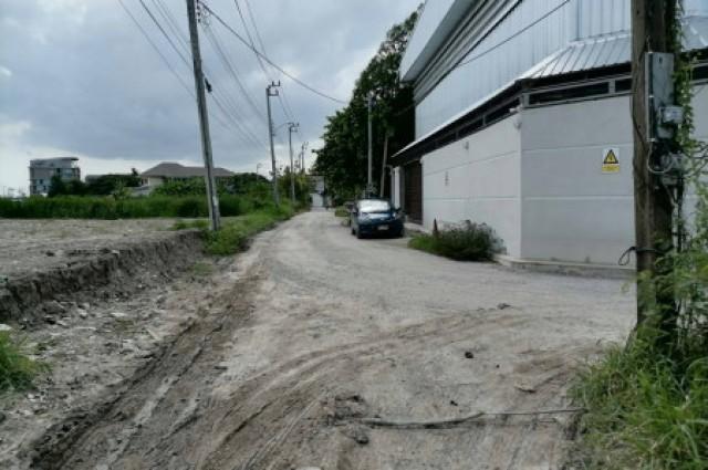 ขาย ที่ดิน ขายที่ดินถมแล้ว เส้นพัฒนาการ-อ่อนุชตัดใหม่ 3 งาน 80 ตร.วา