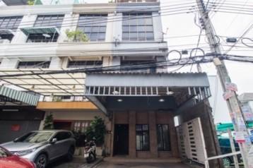 ขาย อาคารพาณิชย์ 4 ชั้น ซ.จินตเวช สุทธิสาร 250 ตรม. 26.9 ตร.วา เพียง 5 นาทีจาก MRT สุทธิสาร เหมาะ โฮมออฟฟิศ