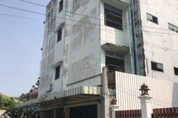 ขาย อพาร์ตเมนต์ ห้องเช่าเก่า 4 ชั้น 34 ห้อง พร้อมบูรณะ เมือง นนทบุรี