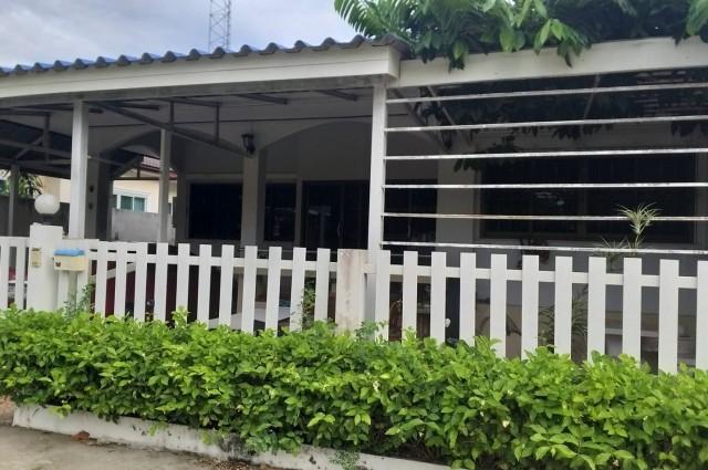ขายบ้านชั้นเดียว เนื้อที่ 59 ตารางวา 3 ห้องนอน 2 ห้องน้ำ สองพี่น้อง สุพรรณบุรี