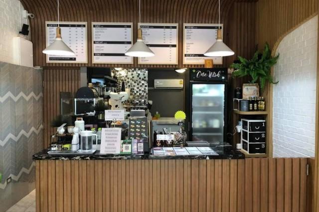 เซ้ง!! ร้านอาหาร-ของหวาน ติดถนนใหญ่ @ซอยสาธุประดิษฐ์ 6 ตรงข้าม รร.ยานนาเวท