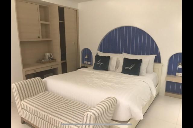 ขายคอนโดริมทะเล ทำเลยอดเยี่ยมใกล้พัทยา คอสต้า วิลเลจ พูล เรซิเดนซ์ บางเสร่(Costa Village Pool Residence Bang Saray)  มีทั้งหมด 2 ห้องค่ะ ขนาด 33 ตร.ม. และ 36 ตร.ม. (สนใจห้องเดียวก็ขายค่ะ)