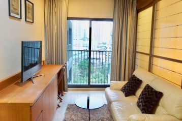 For rent 1 spacious bedroom at Noble Remix | connect to BTS Thonglor