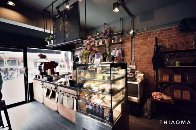 เซ้งร้าน!! สไตล์ Loft เดิมเปิดเป็นร้านกาแฟ @ ตรงข้าม ม.ศรีปทุม ( ปากซอยพหลโยธิน 49/1 )