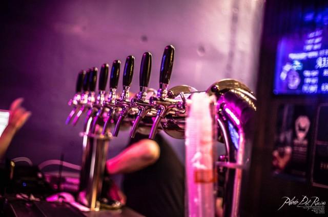 เซ้งด่วน!! Tapbeer bar & Restaurant @ถ.พระสุเมรุ ใกล้ หอศิลป์สิริกิติ์ ( เขตพระนคร )