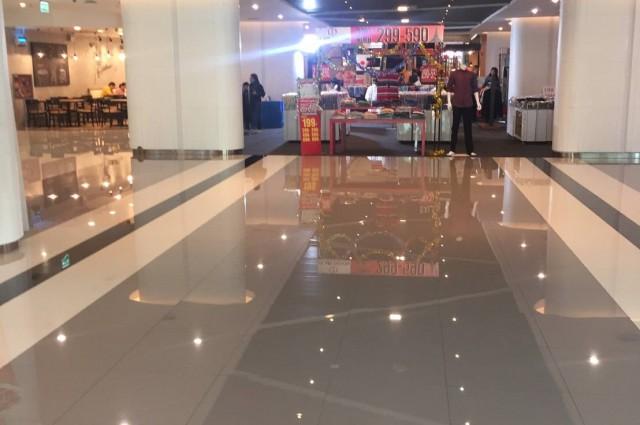 เซ้ง!! ร้านทำเล็บ @ ในห้าง V plaza (ตึกใหม่) โรงพยาบาลวิภาวดี